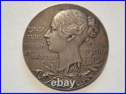 Great Britain silver medal 60th anniversary Queen Victoria 1837 1897 56mm